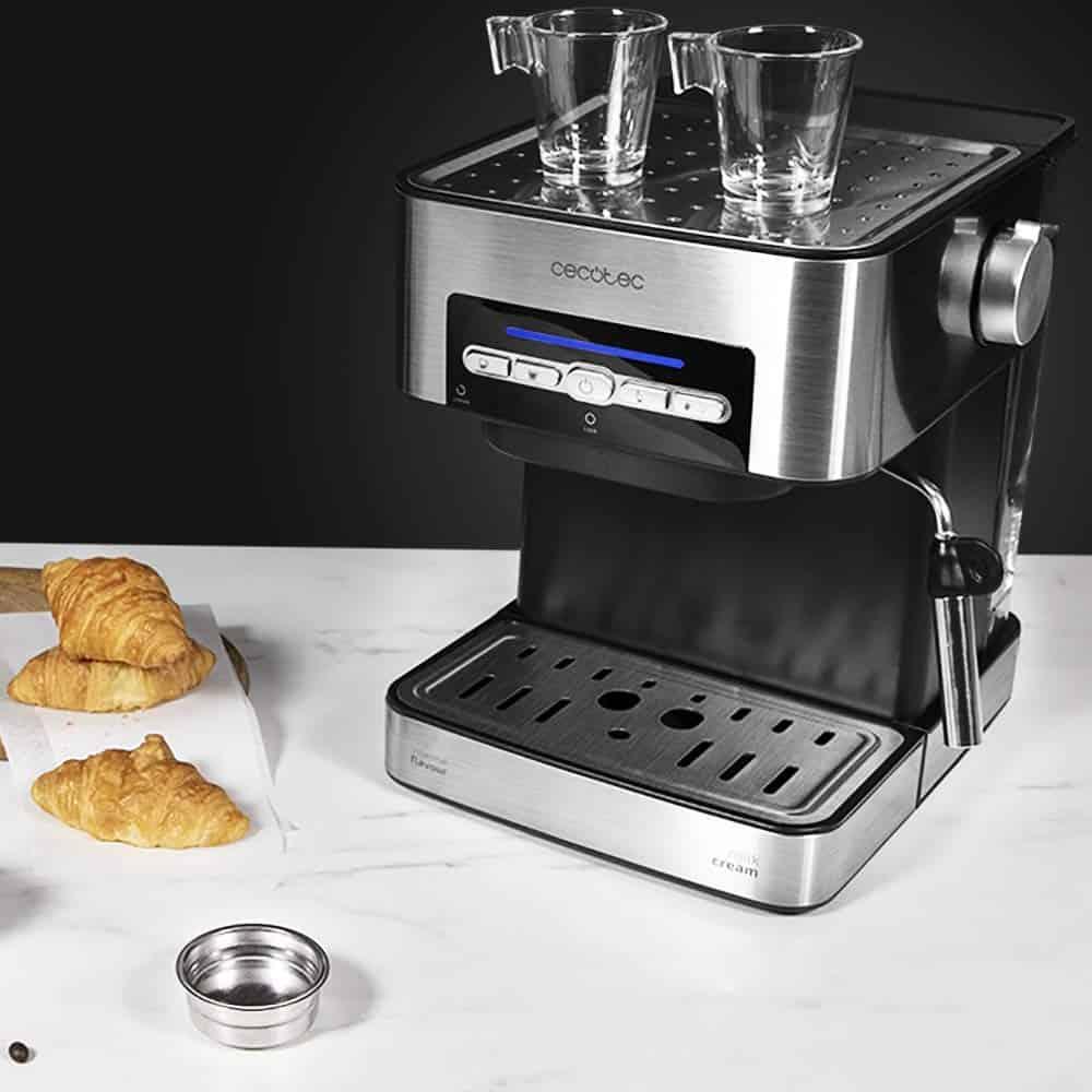 Cafetera Cecotec Power Espresso 20 Matic, la mejor cafetera para el día a día - Imagen 12 - Cocinauta