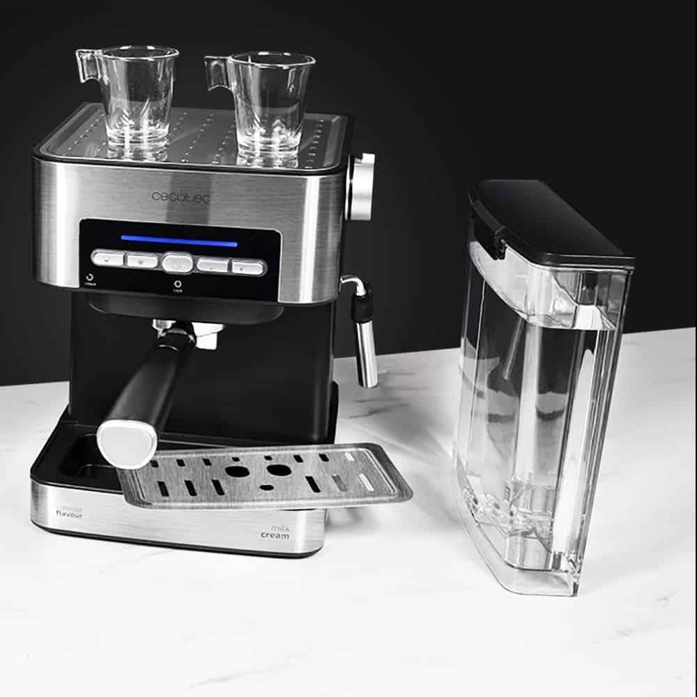 Cafetera Cecotec Power Espresso 20 Matic, la mejor cafetera para el día a día - Imagen 20 - Cocinauta